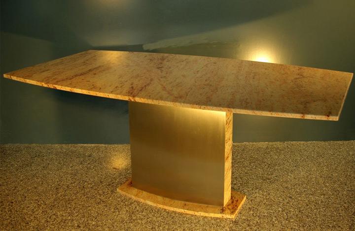 Esstisch aus Ivory Brown Granit Modell Terra