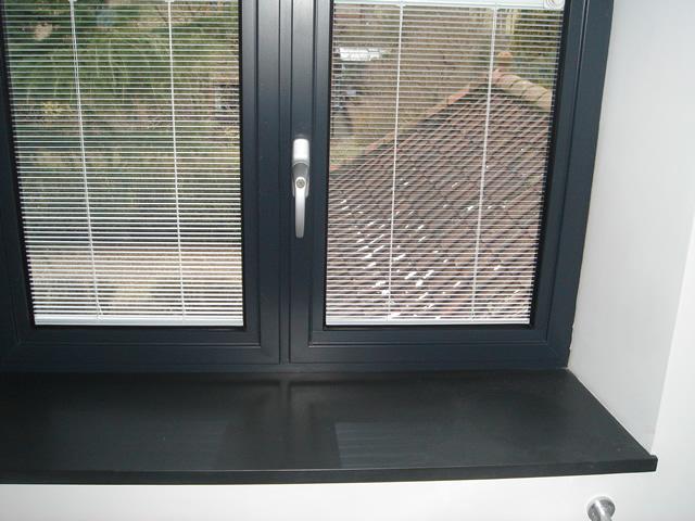 Fensterbänke aus Naturstein - Natursteindesign Rompf