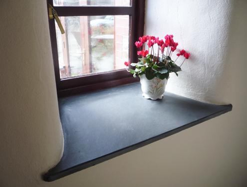Schiefer Fensterbänke - Natursteindesign Rompf
