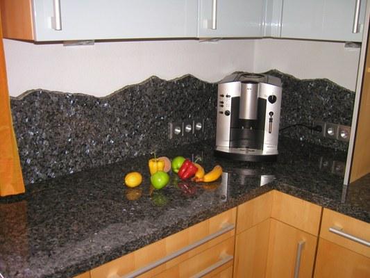 granit k chenarbeitsplatte natursteindesign rompf. Black Bedroom Furniture Sets. Home Design Ideas