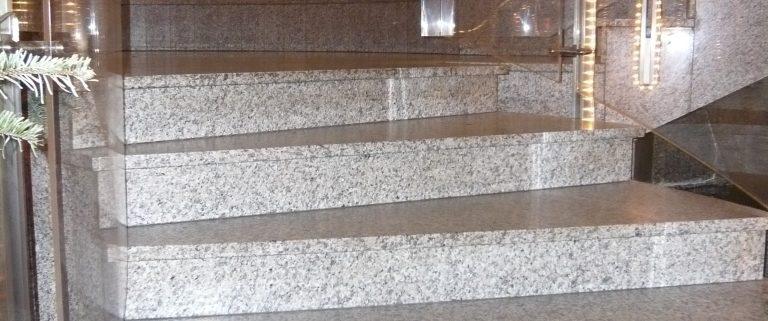 Granit Treppen - Materialübersicht und Preise - Natursteindesign Rompf