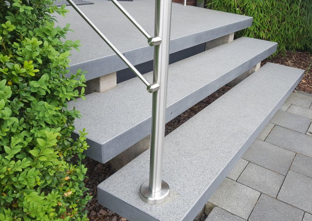 Granit treppen granitpreise von natursteindesign rompf granit - Treppen fliesen granit ...