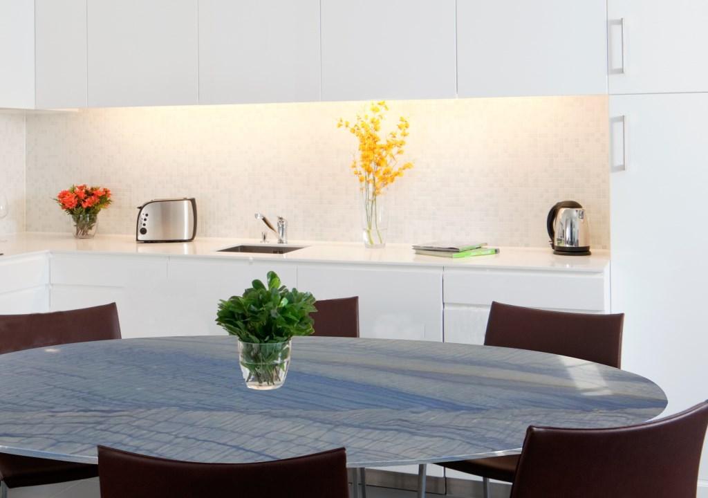 Esstisch marmor in den sch nsten farben und designs for Esstisch marmor
