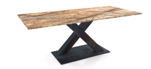 Granit Tische