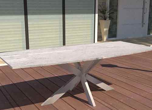 Granit Gartentisch in Bootsform