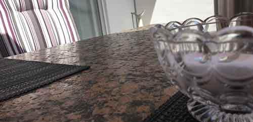 Granit Terrassentisch